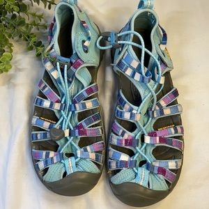 Ladies/Youth Keen Sandals